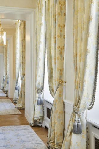 Perrier-Jouët corridor 1.jpg