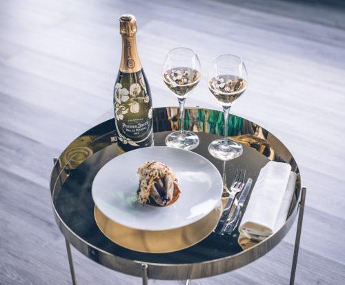 Perrier-jouët Belle Epoque 2011 et créations culinaires du Chef Akrame Benallal - Credits Bruno Chiappa